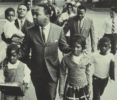 mlk-with-school-children.jpg
